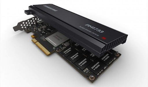 PCI Express (SSD AIC (Add-in Card)
