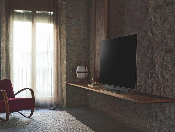 OLED телевізор